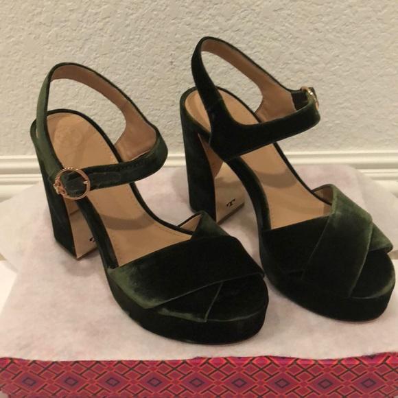 bec27b2730edd9 NIB Tory Burch Loretta platform velvet sandals